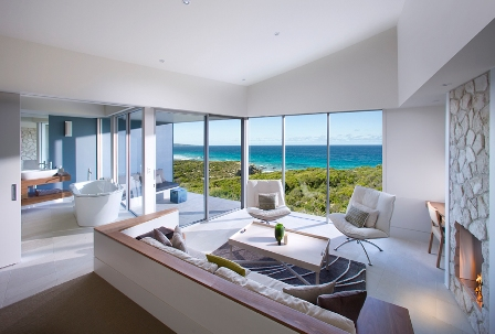 Relax during your luxury travel in Australia at the Southern Ocean Lodge