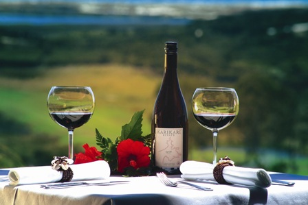 Travel package including wining and dining in Karikari