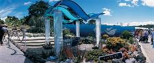 Visit fabulous gardens including this Chelsea award winner! - Photography by Tourism New Zealand