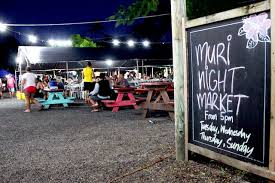 Muri Night Food Market - a great relaxing dinner option - dine with the locals in a bustling lively outdoor market - 4 nights per week