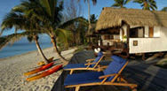 Tamanu Beach Resort beachfront accommodation, Aitutaki, Cook Islands