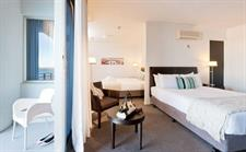 Two King Harbour Guestroom