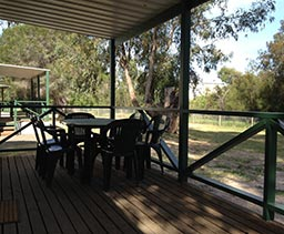 Victor Harbour: Cabin