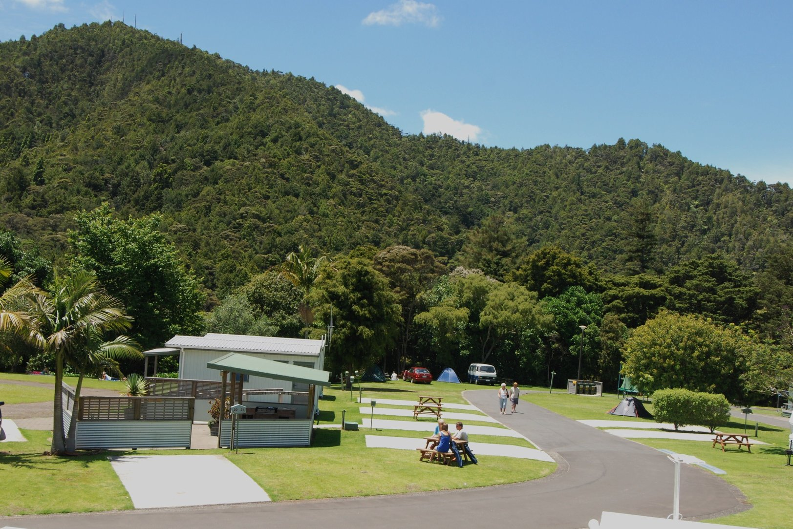 Whangarei Top 10 Holiday Park - power sites tent sites