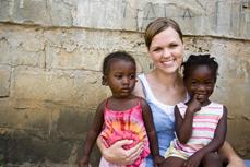 International volunteering - ACVE