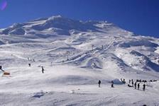 Taupo skiing, Mt Ruapehu, Turoa Ski Field, ski and snowboard in the Tongariro national park