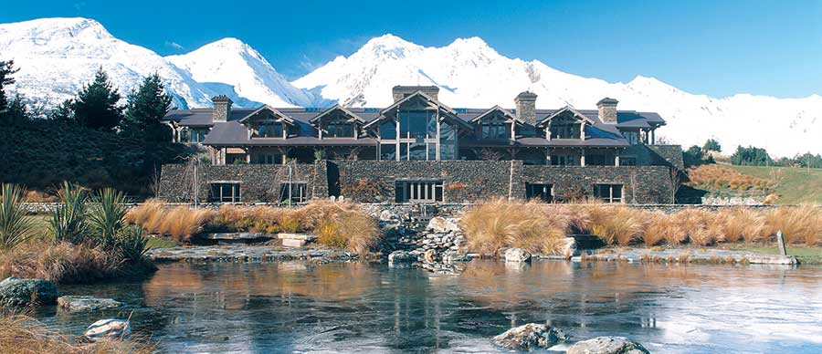 Aroha Luxury New Zealand Tours feature the very best accommodation including exclusive lodge resorts
