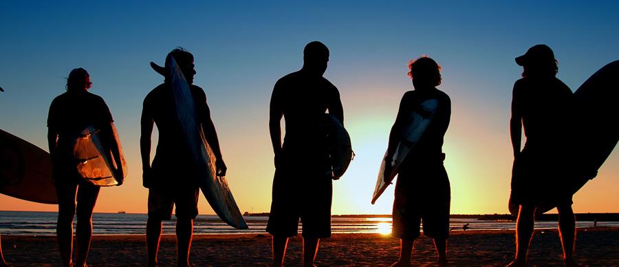 Aroha Luxury Tours - New Zealand activities - surfing