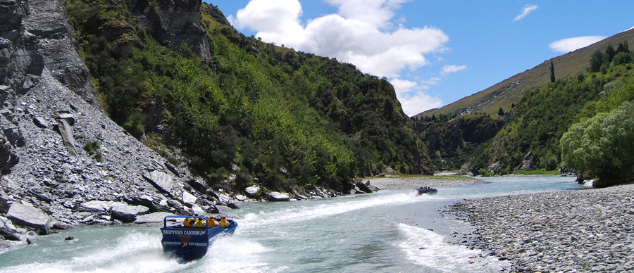 Aroha Luxury Tours - Family values tour - dart river safari
