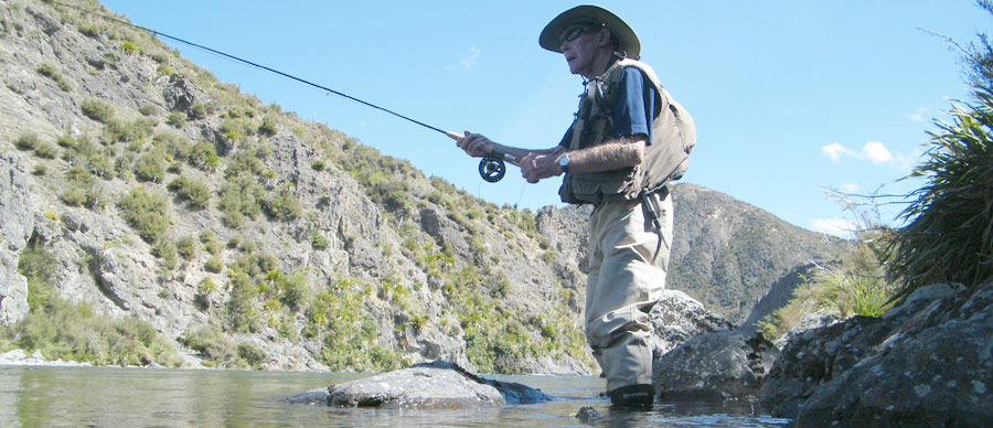 Aroha Luxury Tours - New Zealand fishing tours - Rainbow and brown trout fishing