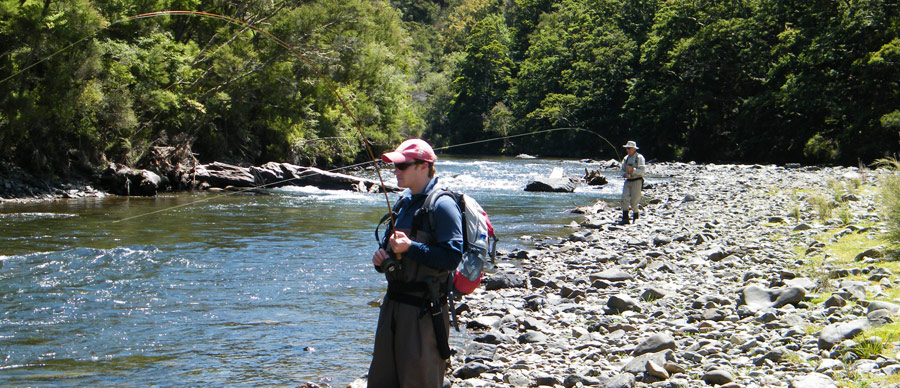 Aroha Luxury Tours - New Zealand fishing tours - Great trout fishing spots