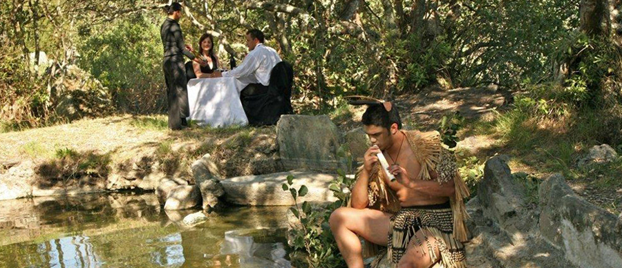 Aroha Luxury Tours - About New Zealand - Maori culture