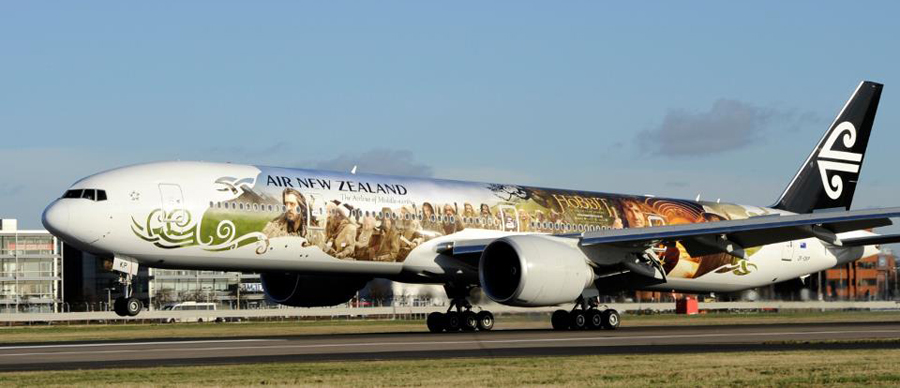 Aroha Luxury Tours - New Zealand International Arrival Information - Air New Zealand plane