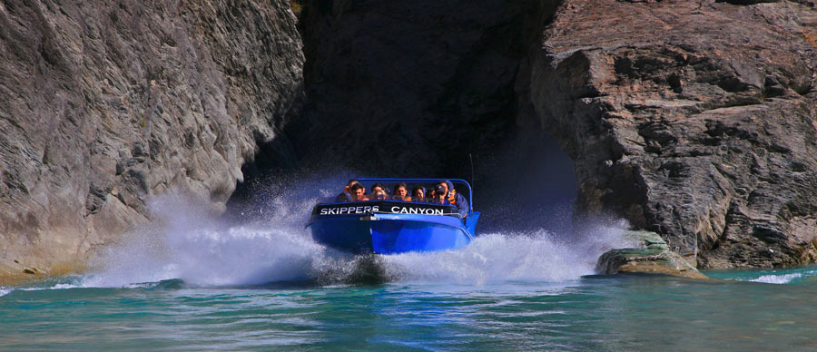 Aroha Luxury Tours - About New Zealand Inventions - Aquada Speedster