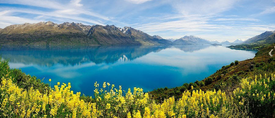 Aroha Luxury Tours - About New Zealand Climate - Springtime Lake