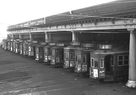 Gaunt St Depot. Graham Stewart image