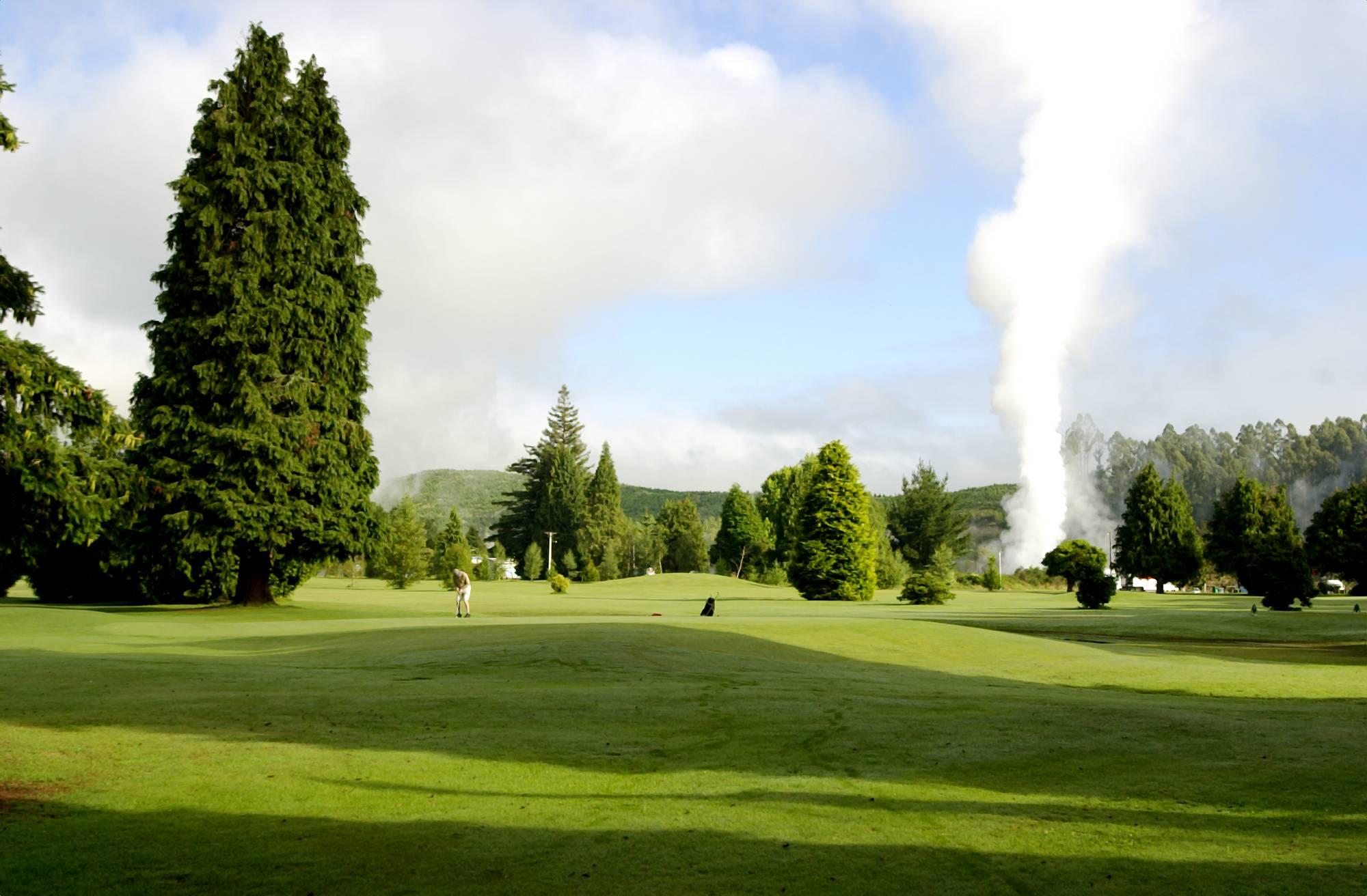 9 Hole Golf Course Wairakei Resort Taupo