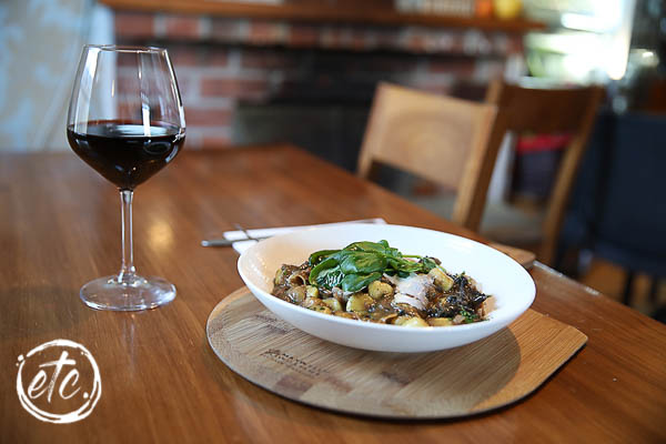 Eat.Taste Central - People's Choice for Best Main Meal - Armandos Kitchen