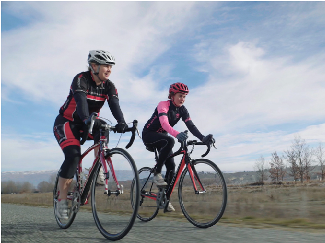 Central Otago Road Cycling - Liz Perkins and Sophie Williamson
