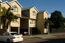 Side street view of Auckland Newmarket Motel
