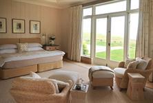 Owner's Cottage Guest Room