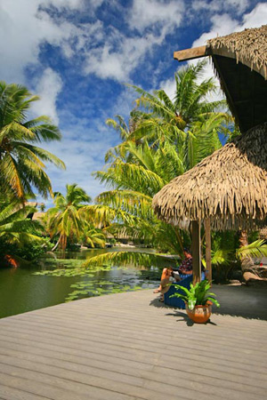 Lake Bungalow Accommodation Hotel Maitai Huahine