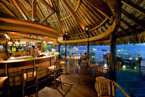 Hotel Maitai Rangiroa Bar