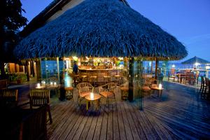 Hotel Maitai Rangiroa Bar & Cuisine