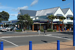 Orewa has restaurants, cafes, shopping and movie theatres