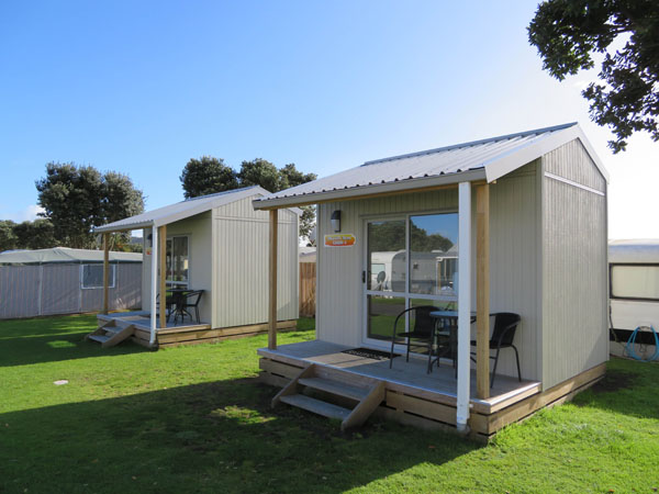 Raglan Holiday Park & Motels