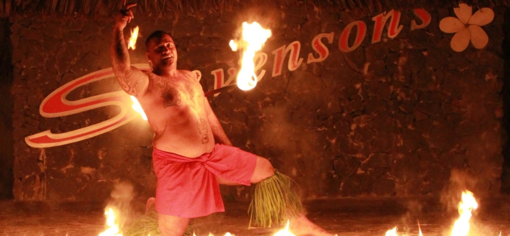 Fire dancing, savaii entertainment, stevensons at manase