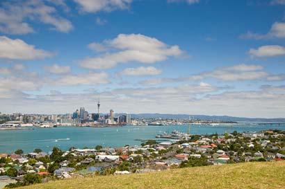 Auckland Tours in Auckland, New Zealand. Auckland Sightseeing Tours, Auckland Walking Tours, Auckland Maori Tours, Kayak Adventures, Kayak Fishing Tours, Kite Fishing Tours, Private Auckland and NZ Tours