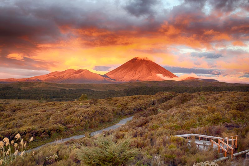 Tongariro Alpine Crossing Track   National Park   Walks ...
