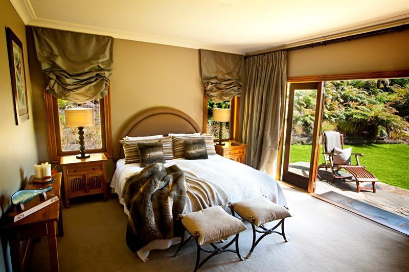 Bridal Falls in Rotorua - Romantic destinations in New Zealand