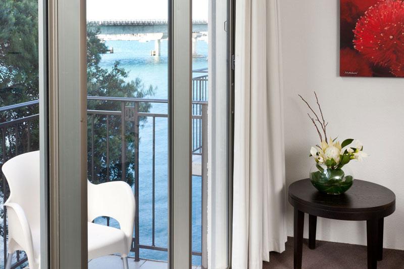 Trinity Wharf Harbour View Rooms - Tauranga hotel accommodation