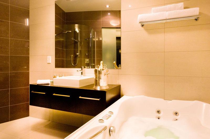 Trinity Wharf Suite - Tauranga hotel accommodation