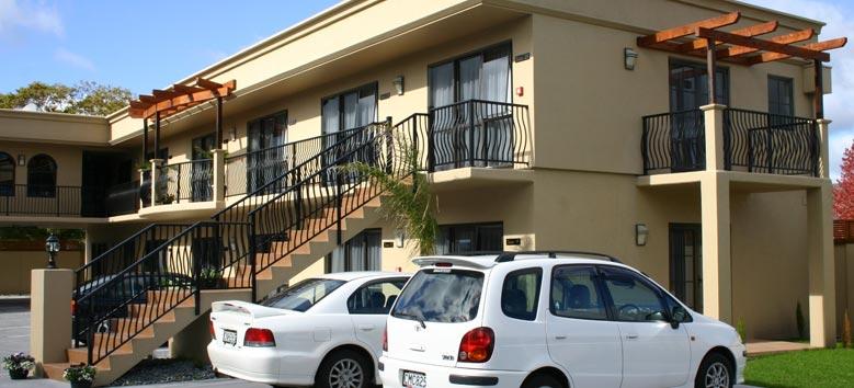 Tuscany Villas - Rotorua motel with spa