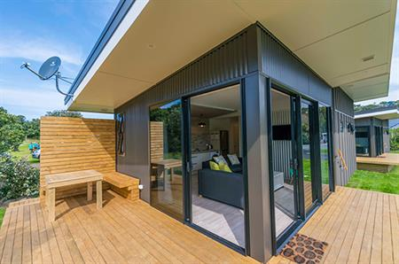 2 Bedroom Self-Contained Cabins - Exterior